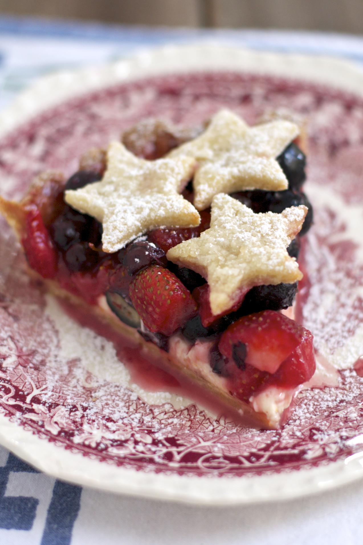 Strawberry and Blueberry Cream Cheese Pie - Sass & Veracity